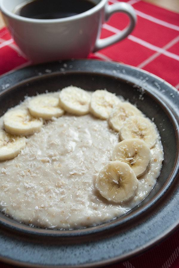 Veganes Kokos-Oatmeal