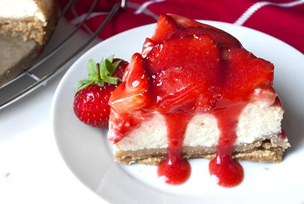 Erdbeer-Käsekuchen mit Keksboden