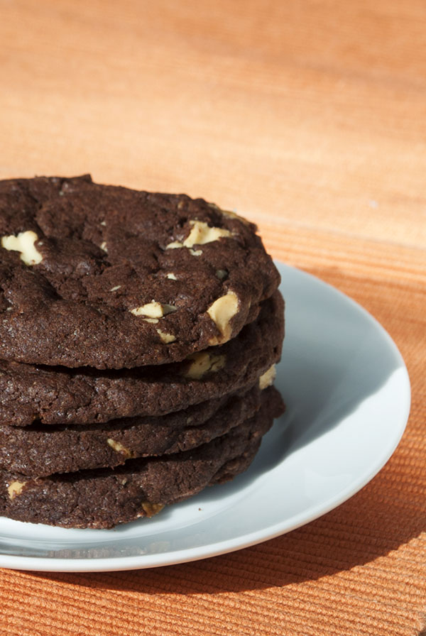 Double Chocolate Chunk Cookies – Kaffee & Cupcakes