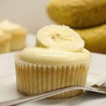 Bananen-Cupcakes mit Frischkäse-Frosting