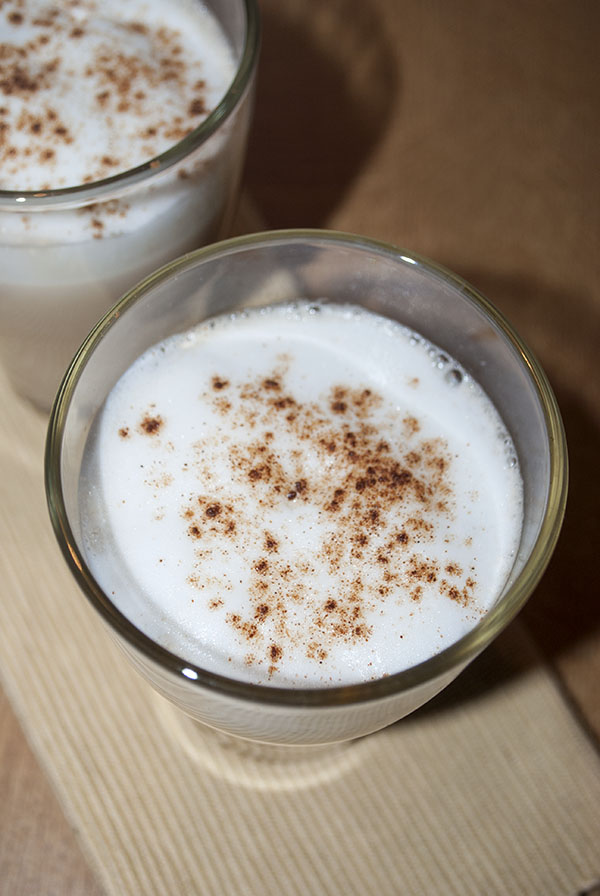 Selbstgemachter Chai Tea Latte