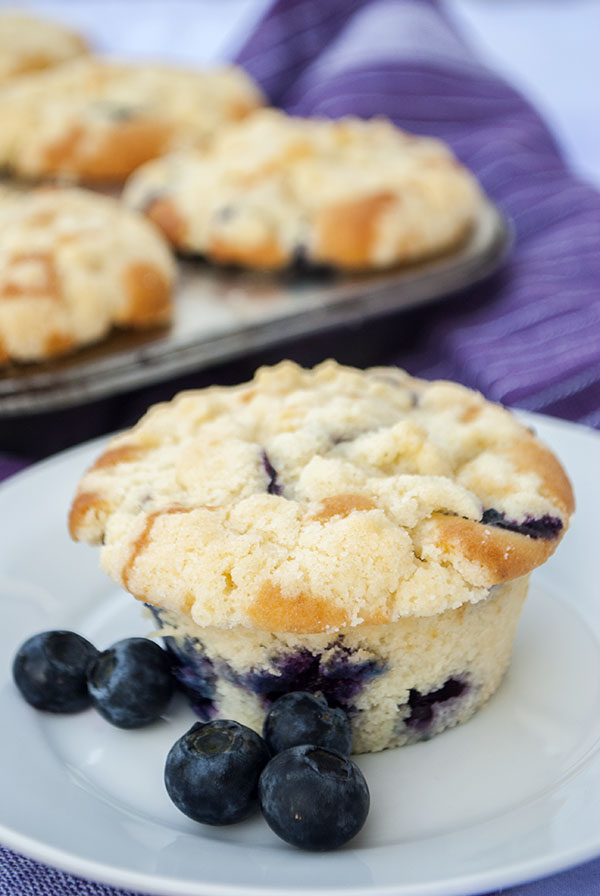Heidelbeer-Muffins mit Streuseln – Kaffee & Cupcakes