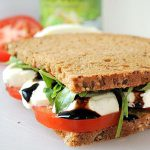 tomate-mozzarella-sandwich-thumbnail