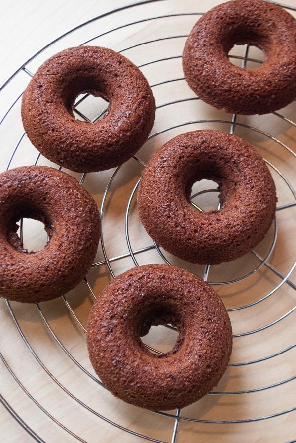 Wilton Donut-Backform