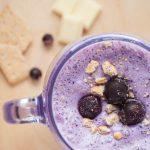 blaubeer-kaesekuchen-smoothie-weisse-schokolade-thumbnail