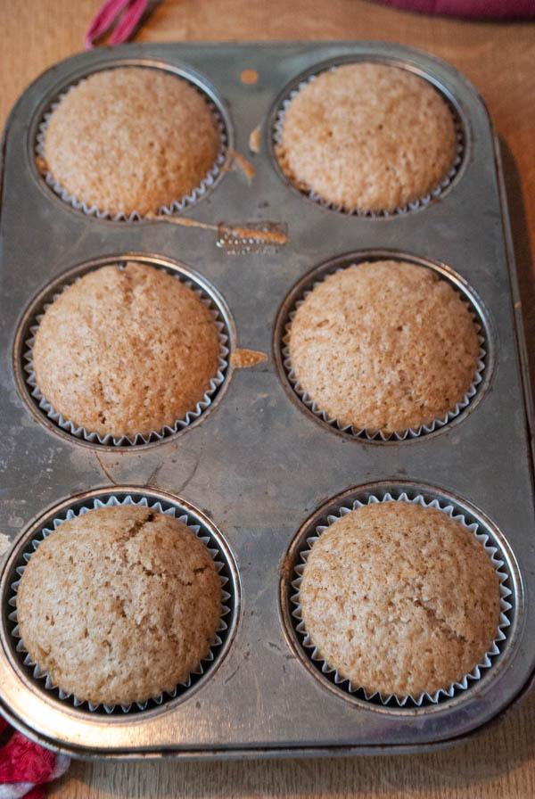 Vegane Apfel-Karamell-Cupcakes