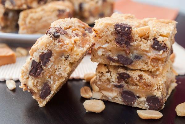 Cookie-Caramel-Peanut-Bars