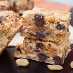 Cookie-Caramel-Peanut-Bars