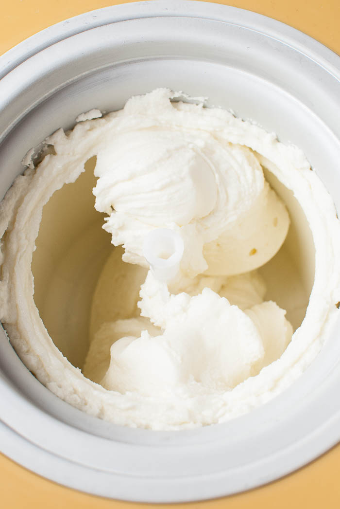 Super cremiger Frozen Yogurt mit Magerquark: Grundrezept