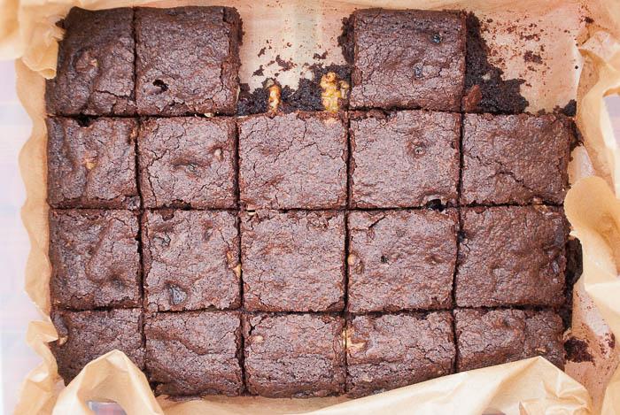 Brownies mit Walnüssen und Cranberries
