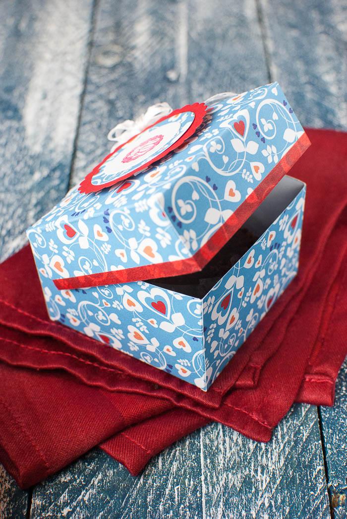 Bastelvorlage Für Eine Süße Kleine Schachtel Zum Verschenken