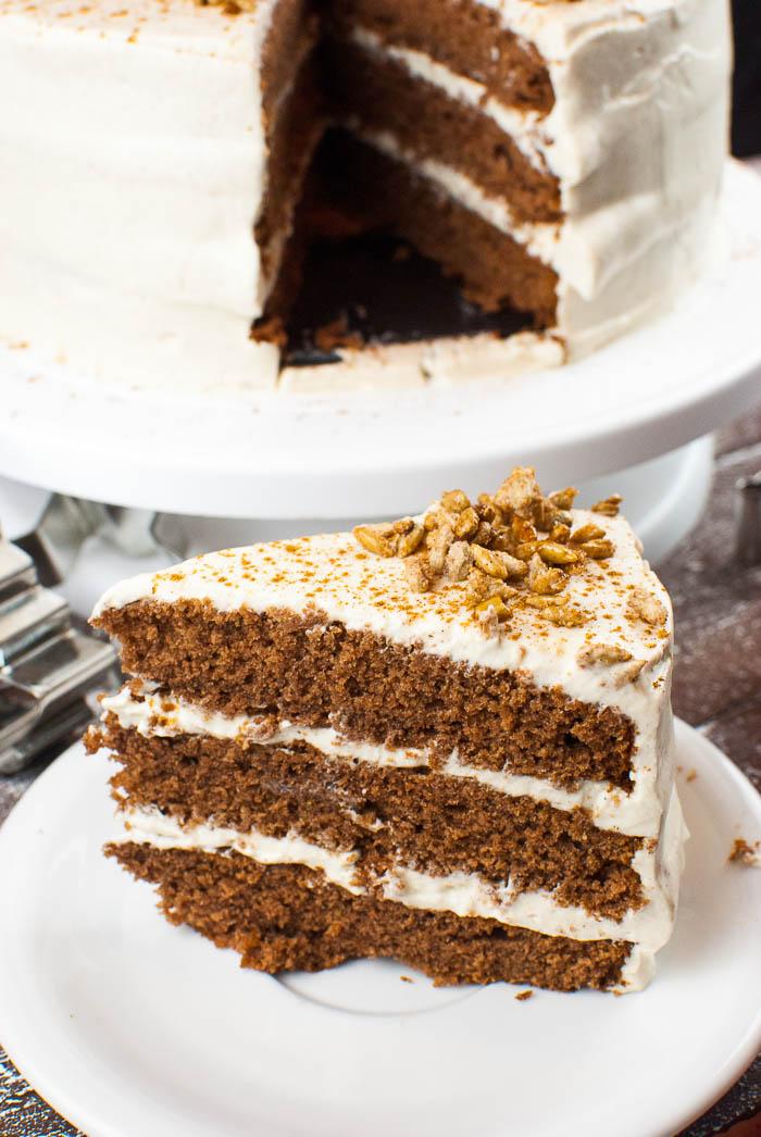 Lebkuchen Torte Mit Zimt Sahne Creme Und Gebrannten