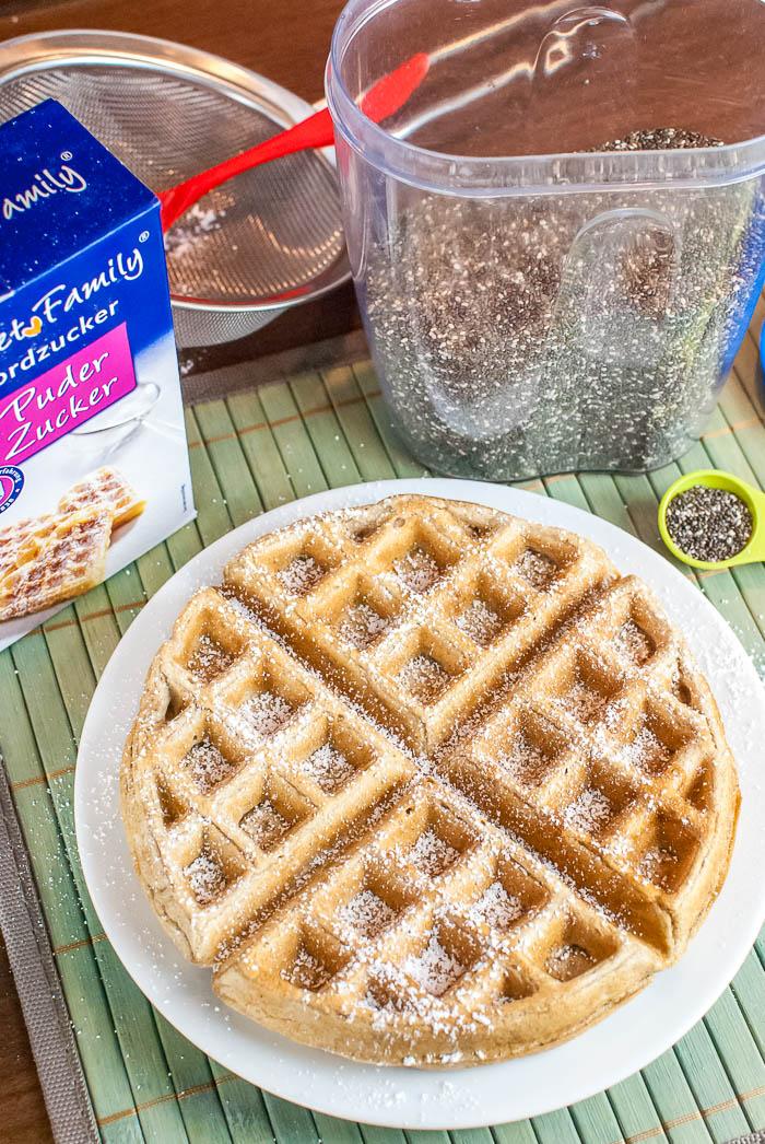fettarme und vegane vollkorn waffeln mit chia samen als ei ersatz grundrezept kaffee cupcakes