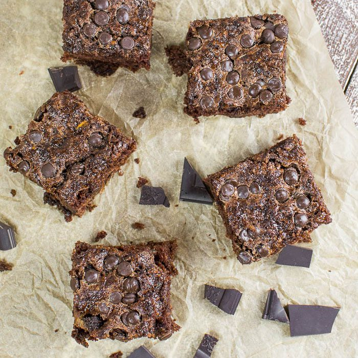 Zucchini-Brownies mit Chocolate-Chips