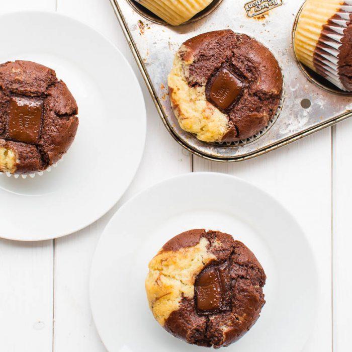 Marmor-Muffins mit Schoko-Kern