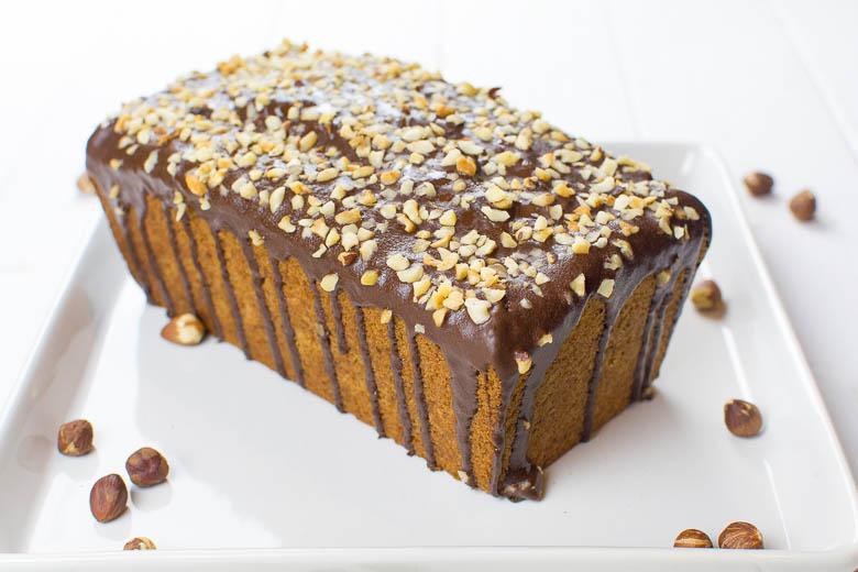 Saftiger Haselnusskuchen Mit Schoko Glasur Kaffee Cupcakes