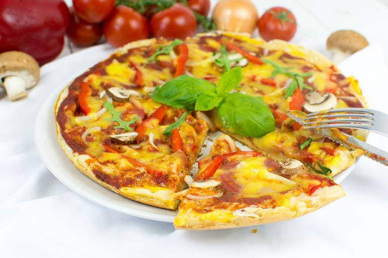 Pfannenpizza - ohne Ofen, 20 Minuten