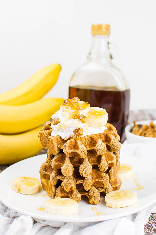 Fluffige Vollkorn-Bananen-Waffeln {vegan, ölfrei}