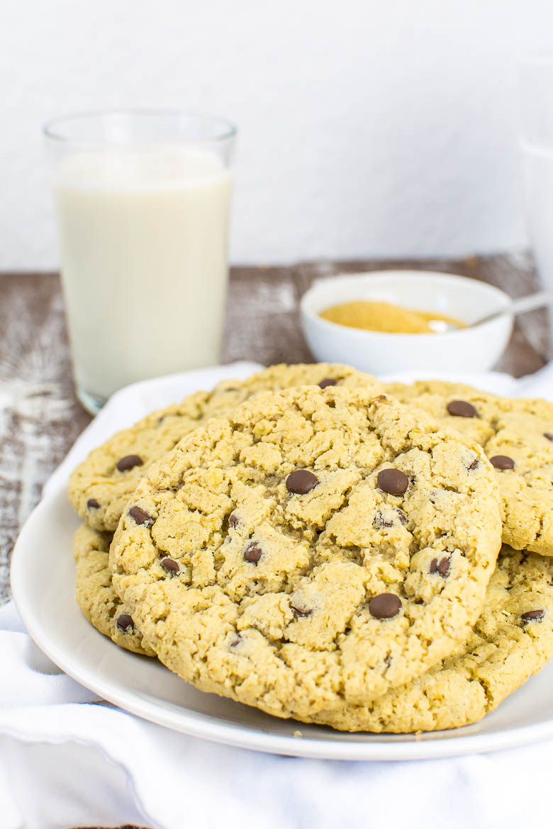 Vegane Haferflocken-Cookies mit Chocolate Chips