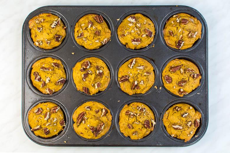 Vegane Kürbismuffins mit herbstlichen Gewürzen